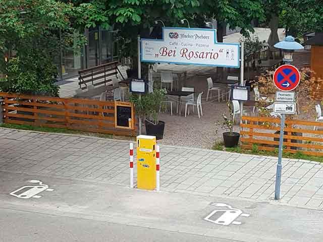 An der Maximilianstraße hat die Stadt Starnberg eine neue Ladestation mit zwei Ladestellplätzen für Elektrofahrzeuge eingerichtet.