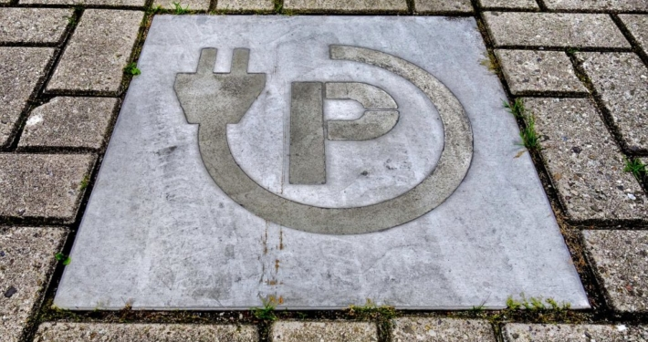 Parkplatz für Elektoautos