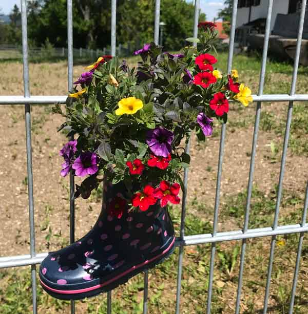 Gummistiefel-Recycling: Blumentöpfe