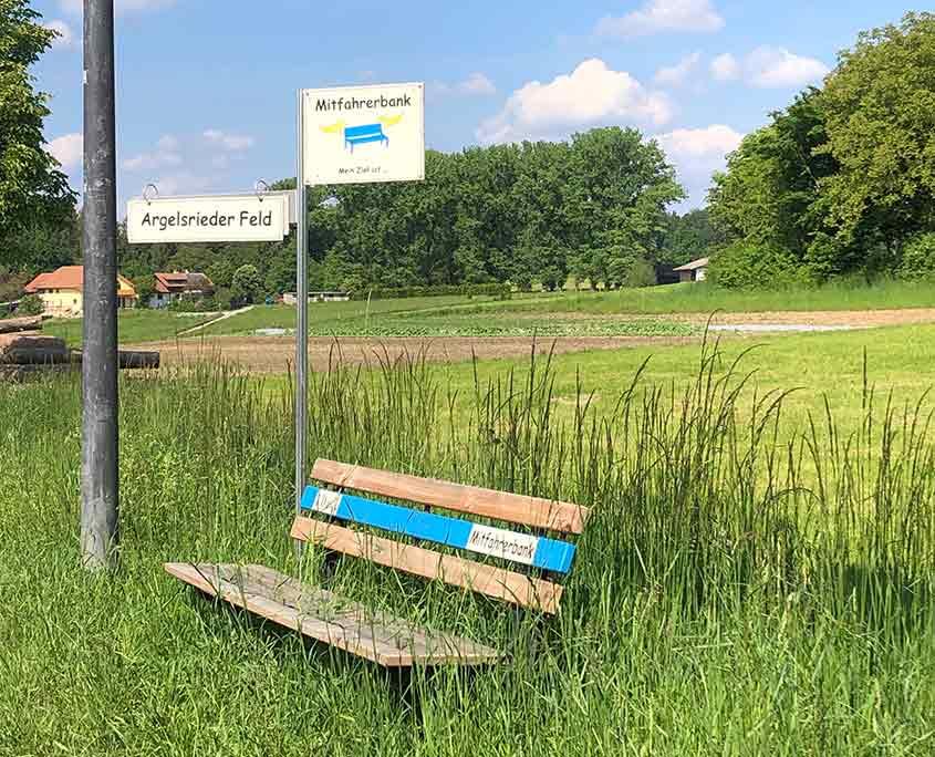 Nimm' mich mit – Mitfahrbank in Hochstadt